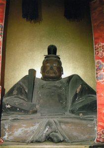親鸞の父日野有範坐像。京都市伏見区・日野誕生院蔵